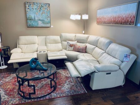 Boasting luxurious, family-friendly comfort, the Kenaston combines thoughtful design, function and relaxation. Rich design details create a sophisticated look for any living room or den. Three-motor power allows you to fully customize your seating experience, and an extended footrest provides full-body support for all sizes.